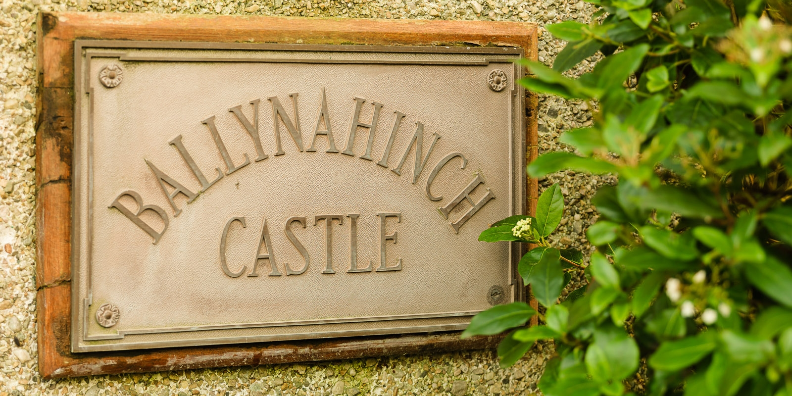 Ballynahinch Castle Plaque 1