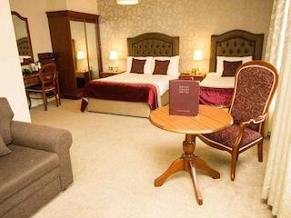 this picture shows you a beautiful bedroom in Drury 3 star hotel in Dublin
