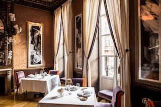 this image is a shoot of the decoration inside Le Pressoir d'Argent gastronomic restaurant in Bordeaux.