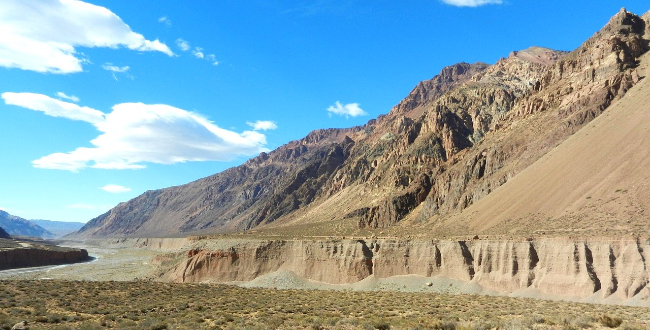 Argentina: Mendoza & Maipu Valley Bike Tour