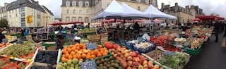 this pictures is a shoot of the food market in Rennes